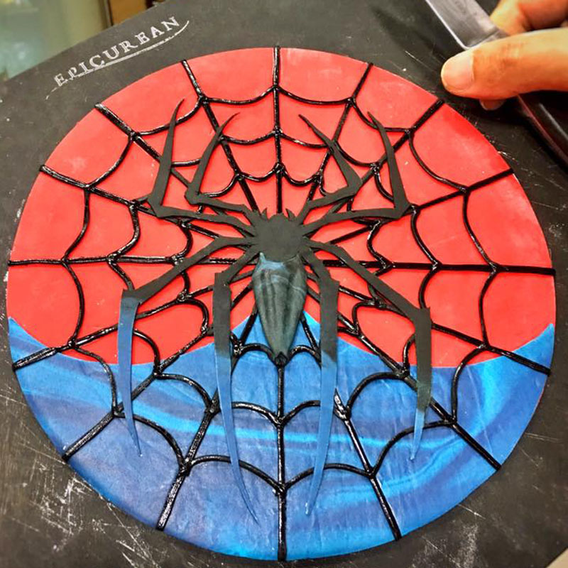 HANDCRAFTED SPIDERMAN INSIGNA